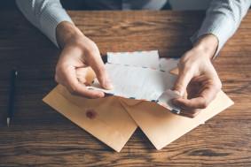 لماذا نحب قراءة الرسائل؟