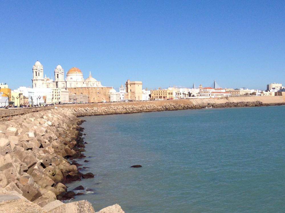 كاديث الفينيقية أقدم مدينة في إسبانيا